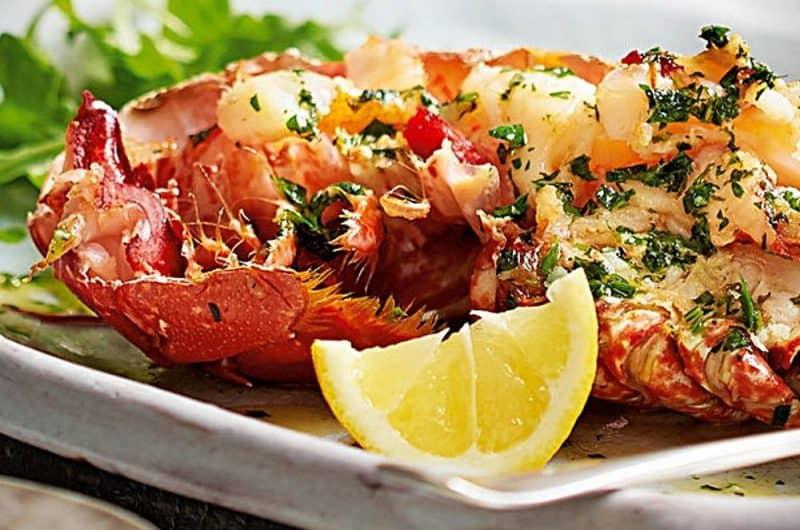 Easy Garlic Butter Lobster Skillet Recipe